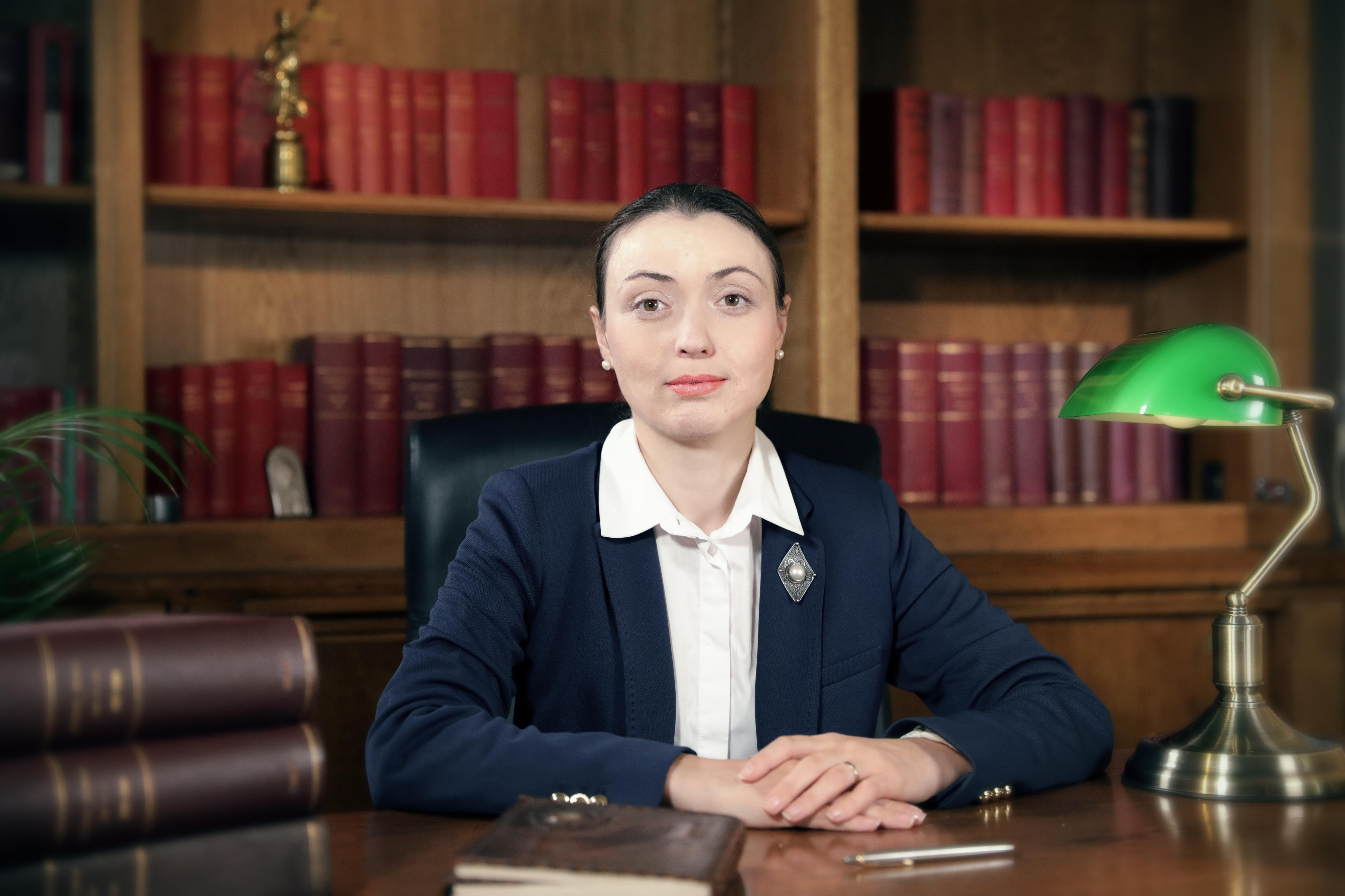 Oxana Dumitrache - Chironda